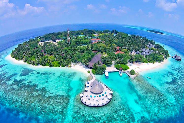 Pulau Cubadak Kesenyapan di Samudera Hindia - Rekomendasi Tempat Wisata Padang yang Mendunia